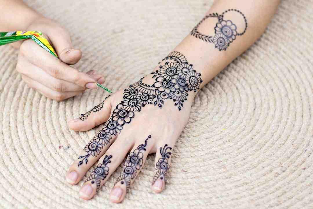 Henna how to apply