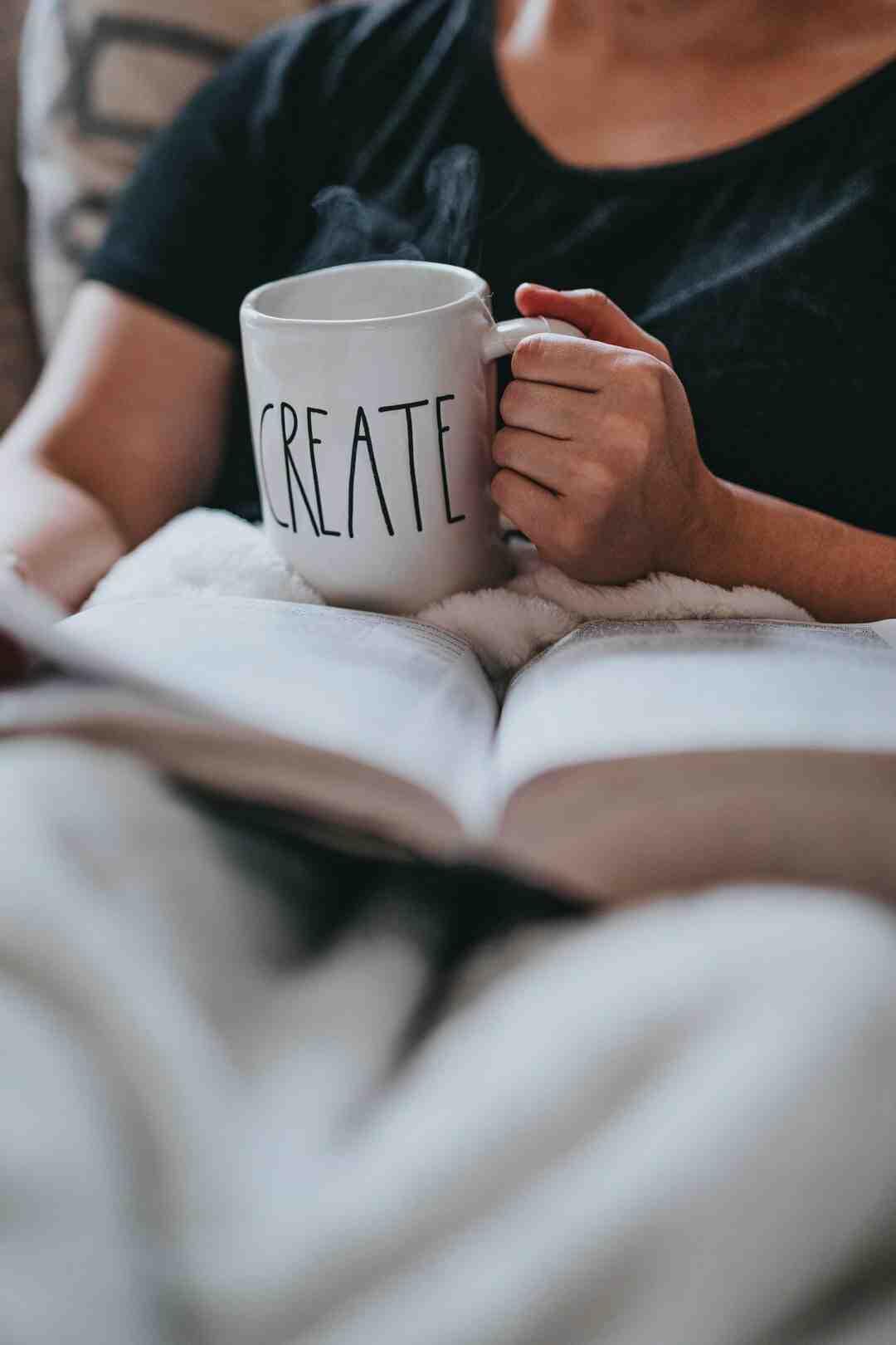How to Display Coffee Mugs